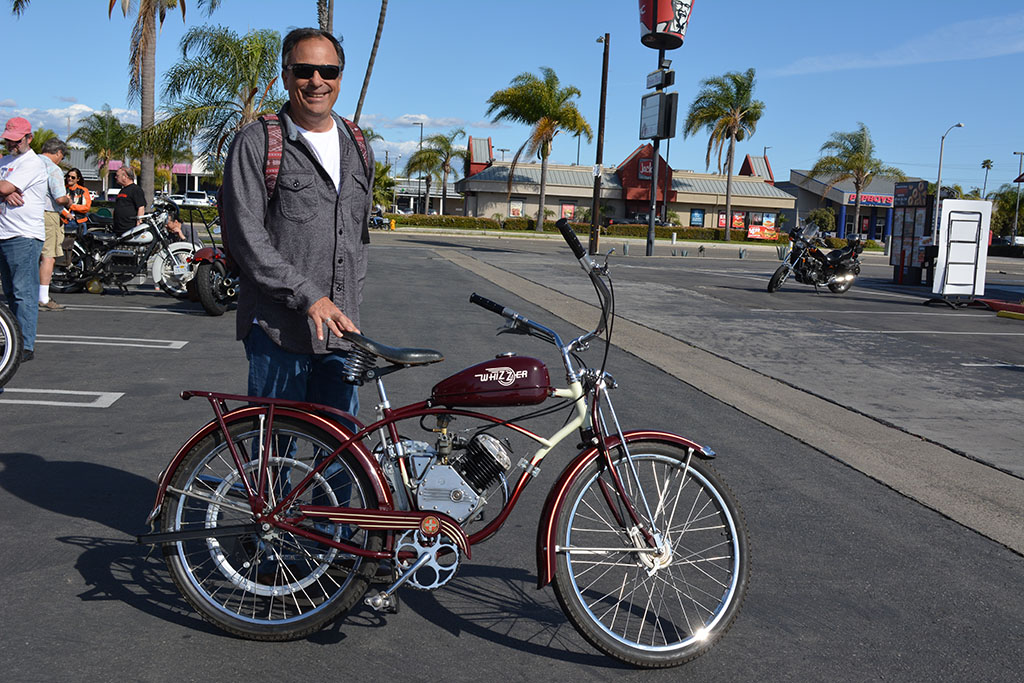 Jeff Haskell of Costa Mesa with his 1948 Schwinn Whizzer