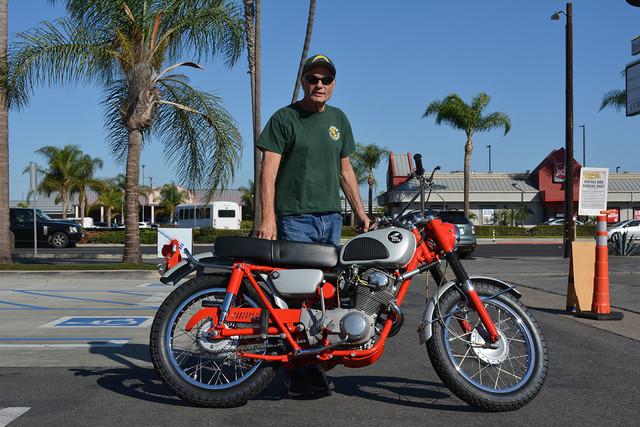 Steve Woods of Huntington Beach with his 1963 Honda CL72